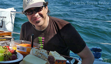 paul_boat_food